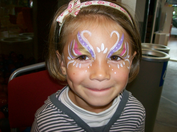 Maquillage fee petite fille - Modele maquillage princesse ...